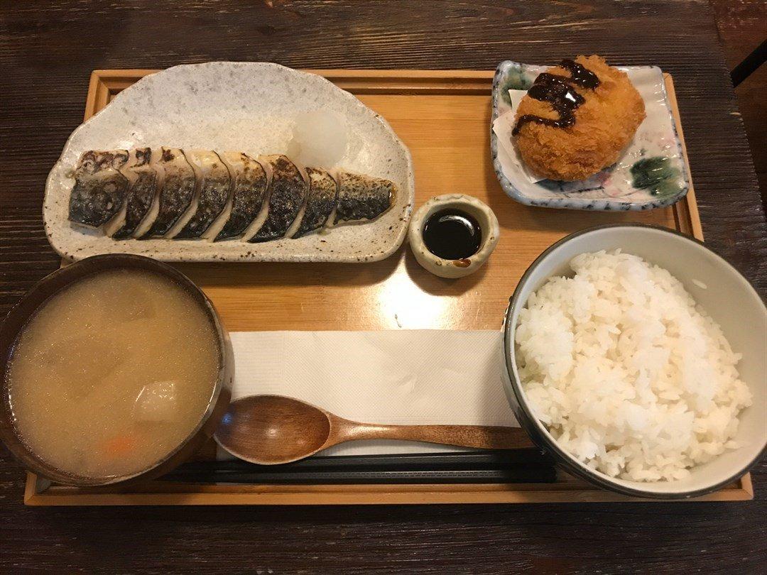 元朗美食Top 5 | 地膽懶人包 | 地區美食 嘉兵衛 KAHEE Japanese Restaurant  炙燒火焰醋鯖魚定食
